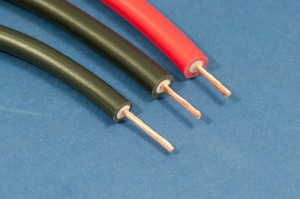 www.fuddymuckers.co.uk_gallery_s_300_electrics_ht_cable.jpg